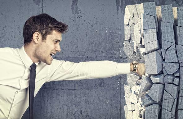 利益を上げて儲けることに心理的な壁を感じてしまう…